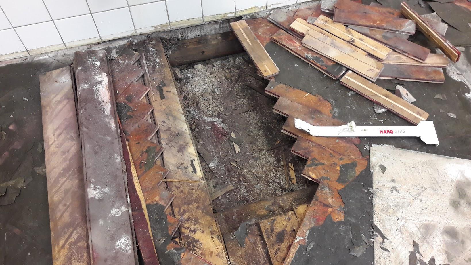Zjištění stávajícího stavu podlah ZŠ Nejdek